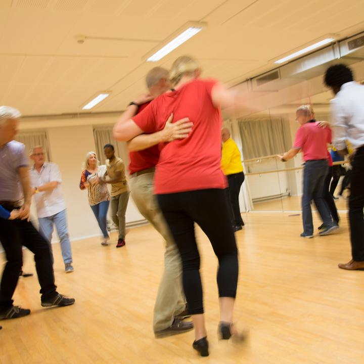 Rueda-de-Casino-2--Salsa-Más-Dance-Academy
